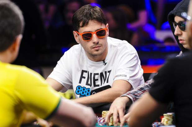 Mark_Newhouse_2014WSOP_Main_Event65_Final_Table_FUR_4467